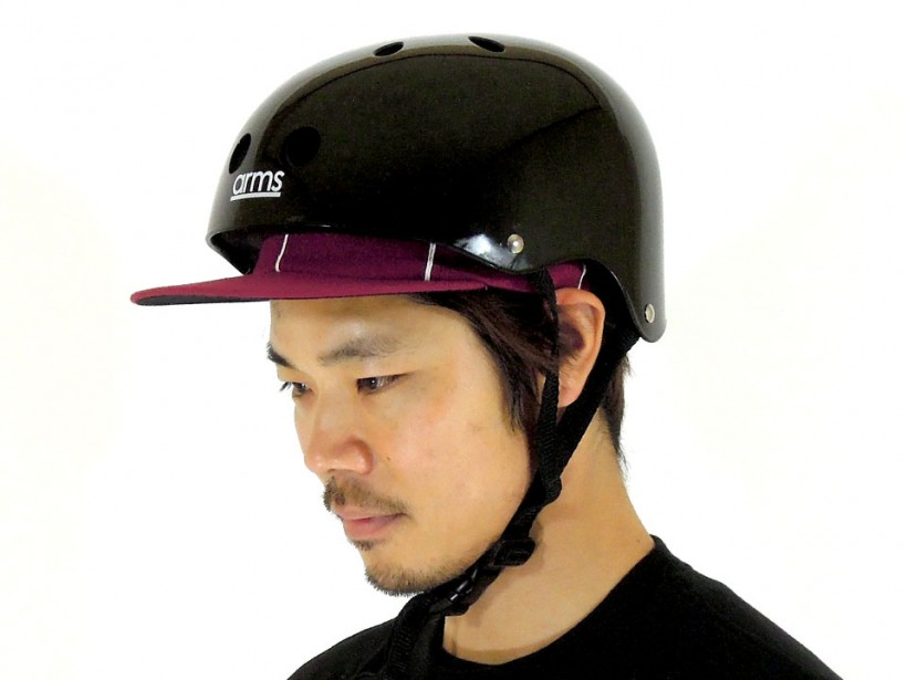 arms スケボー ヘルメット ブラック 着用例3