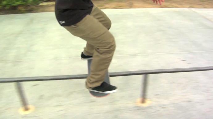 スケボー トリック スケートボード 初心者 練習 ボードスライド