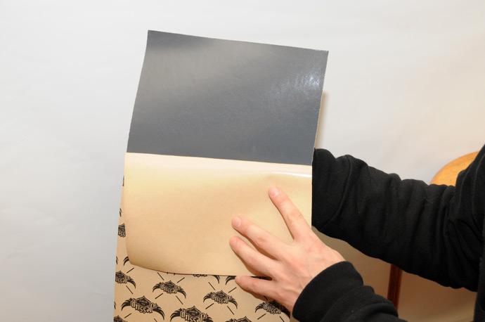 スケボー初心者のためのメンテナンスコーナー デッキテープの貼り方 05