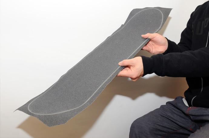 スケボー初心者のためのメンテナンスコーナー デッキテープの貼り方 11