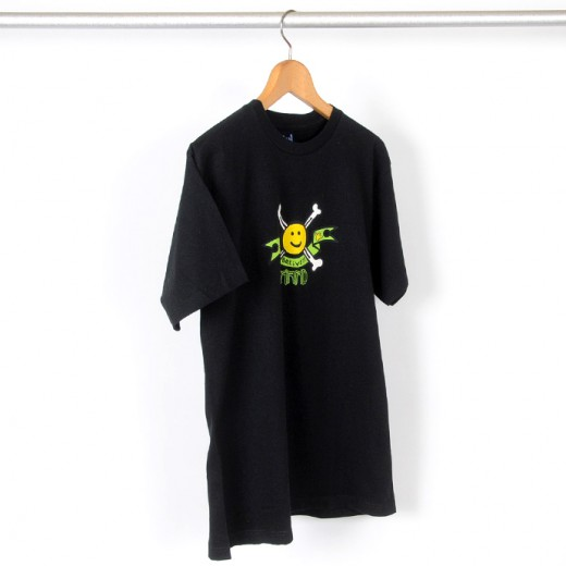 Krooked スケボー スケートボード Happy Bones Tシャツ