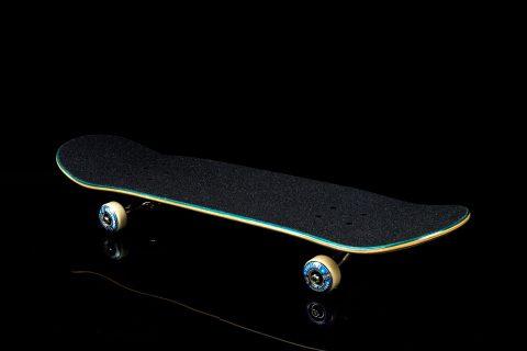 スケボー 通販 スケートボード オーリーマスターを目指すスケーターのためのコンプリートデッキセット
