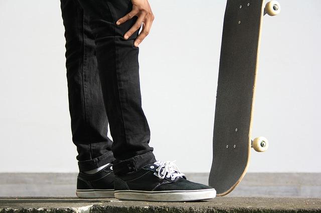 憧れのスケーターを真似することで上達する
