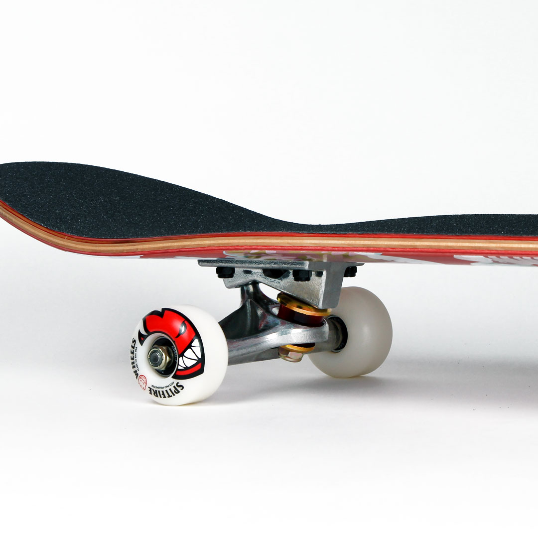 スケボー初心者にオススメのコンプリートスケートボードセット