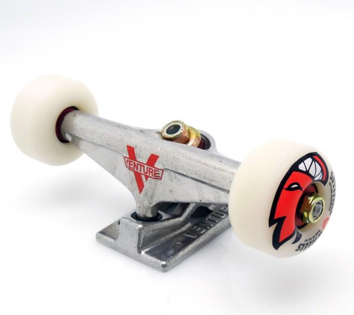 スケボーの選び方が分からない初心者にオススメのコンプリートデッキスケートボード SPITFIRE