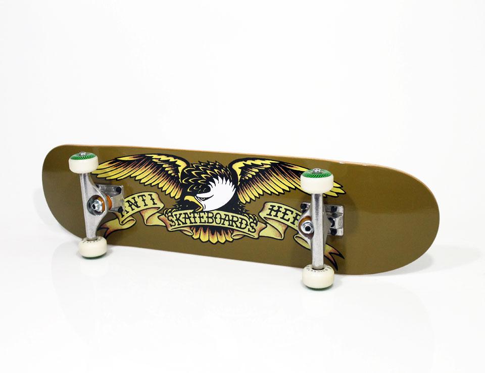 スケボー 定番 コンプリートスケートボード