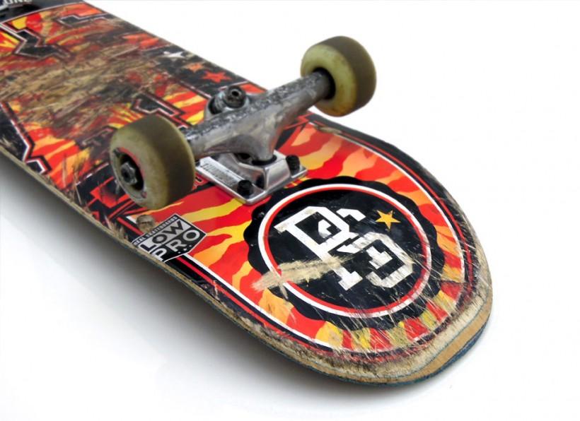 スケボー初心者 スケートボード コンプリートデッキ 選び方 REAL 使用後 テール