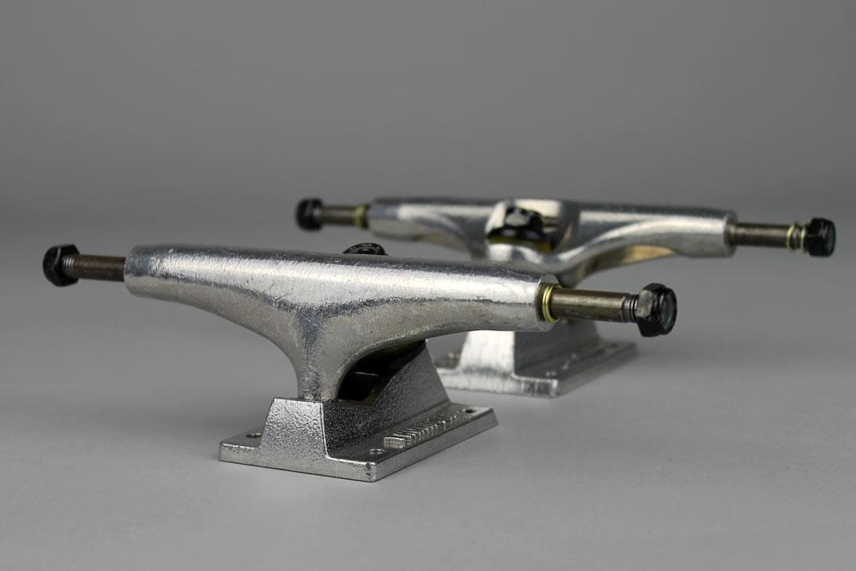 THUNDER 通販 チームモデルトラック ポリッシュ 147 HI 2個セット